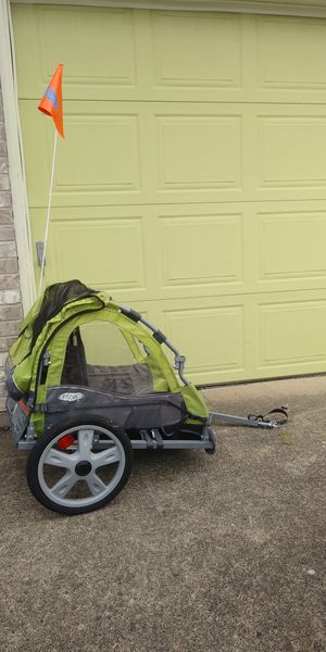 Instep single seat bike trailer for Sale in Damascus, OR