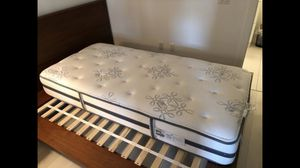Beautyrest Recharge Shakespeare Collection Twin XL Mattress for Sale in Washington, DC