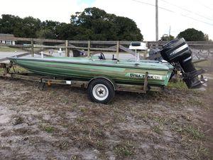 Dyna Trak Bass Boat for Sale in Auburndale, FL