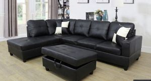 Black couch sectional with ottoman. New for Sale in San Francisco, CA