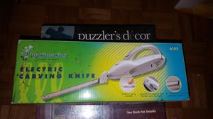 New electric knife for Sale in Milton, FL