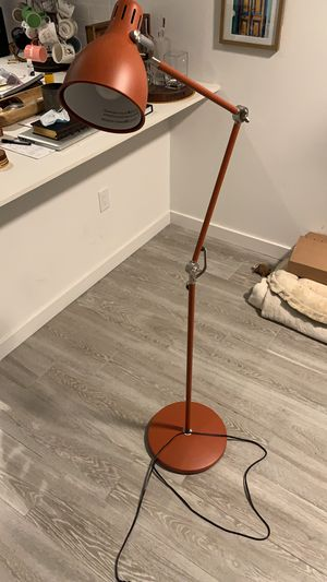 Floor lamp for Sale in Miami, FL