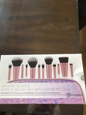Makeup brushes for Sale in Carson, CA
