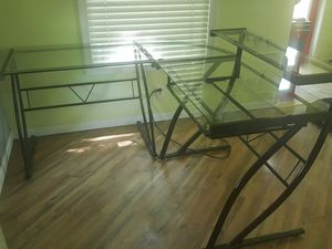 Large Glass corner desk for Sale in Saint Ann, MO