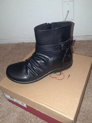 New woman boots for Sale in San Diego, CA