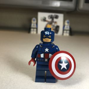 New LEGO Captain America Minifigure In The Dark Blue Suit. for Sale in Walla Walla, WA