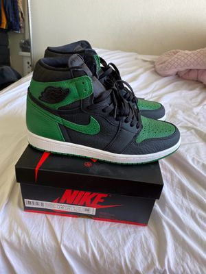 "Air Jordan 1 Retro High OG ""Pine Green"" for Sale in Hawaiian Gardens, CA"