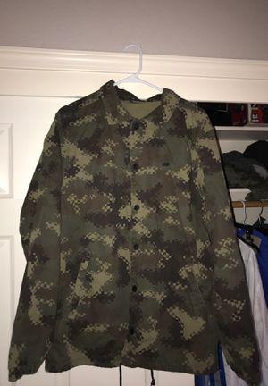 Vans camo hoodie very new for Sale in Modesto, CA