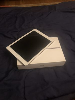 Apple I pad this is lock forgot my password for Sale in Overland, MO