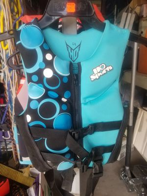 CHILD SIZE 30-50 lbs life jacket for Sale in Riverside, CA