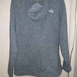 Women's The North Face Full Zip Hooded Sweater Size XL for Sale in Woodbridge, VA