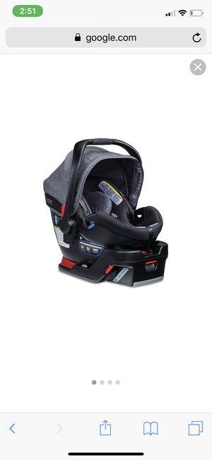 Britax B-Safe 35 Elite infant car seat + extra base for Sale in Murfreesboro, TN