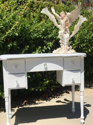 Desk / Entry Table / in White w 5 Drawers for Sale in Chino Hills, CA