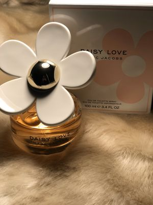 MARC JACOBS Daisy Love 💗 new women's perfume 100ml for Sale in Alhambra, CA