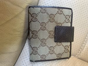 Gucci wallet for Sale in San Bruno, CA