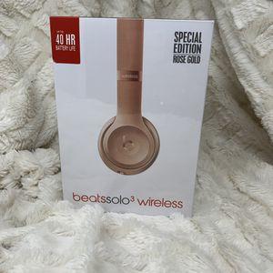 Beats by Dre solo3 wireless headphone NEW for Sale in Riverside, CA
