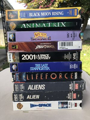 40 COLLECTIBLE VINTAGE AND 80's VHS MOVIES for Sale in Pico Rivera, CA