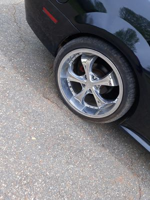 20 in chrome rims smd tires for Sale in Commerce, GA