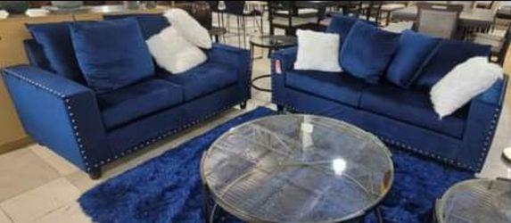 2-piece Velvet Sofa Set for Sale in Atlanta,  GA