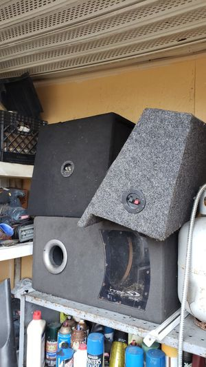 """Selling empty subwoofer boxes 10"""" & 12"""" no speaker in them for Sale in Pinellas Park, FL"""