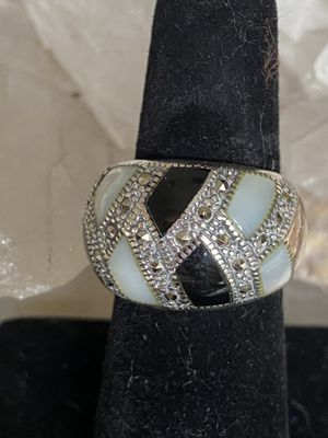 Beautiful vintage Sterling Silver Moonstone Onyx Marcasite Ring. for Sale in Tampa, FL