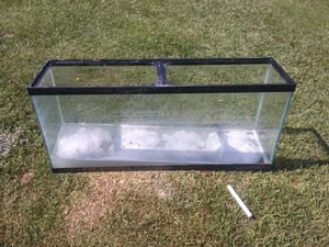55 Gal tank with solid wood stand for Sale in Lake Charles, LA