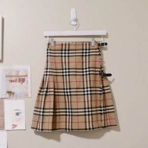 BURBERRY Skirt With Classic Nova Print for Sale in Olympia, WA