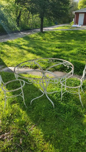 Antique iron bistro table and 2 chairs for Sale in Arnold, MO