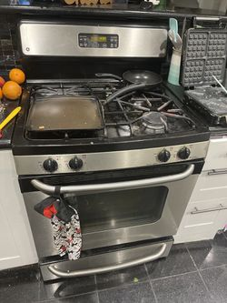 Kitchen like new for Sale in Tustin,  CA