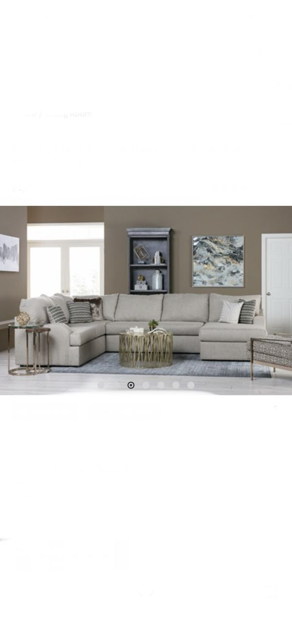 Living Spaces Sectional Sofa (beige Color)