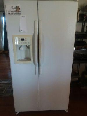 Frigidaire - Refrigerator for Sale in Farmville, VA