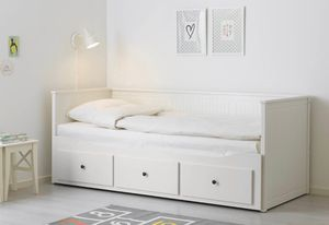 Twin bed with 3 drawers can be converted to full bed for Sale in New York, NY