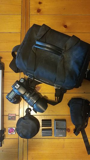 Canon dslr 50d plus extras! for Sale in Tempe, AZ