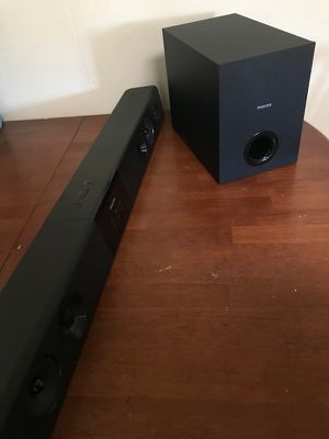 Philips soundbar and sub woofer for Sale in Lima, OH