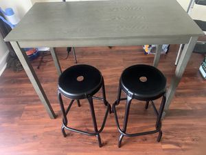 Bar Table and Stools for Sale in Alexandria, VA