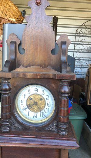 antique clock for Sale in Baton Rouge, LA