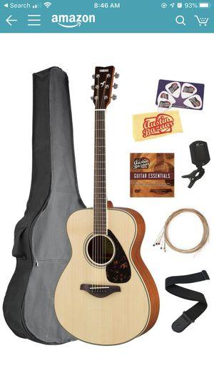 Yamaha guitar and guitar bag for Sale in Santa Fe Springs, CA