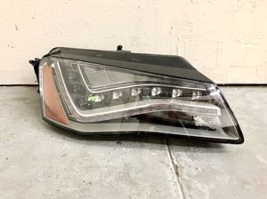 One OEM 11-13 Audi A8 S8 RH Passenger LED Headlight For Parts for Sale in Whittier, CA