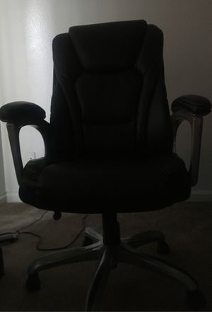 Gaming/computer chair for Sale in Las Vegas, NV