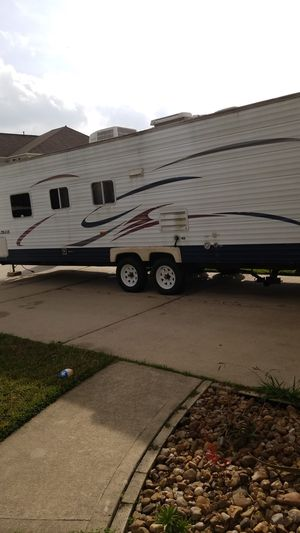 30ft Coachmen travel trailer for Sale in Humble, TX
