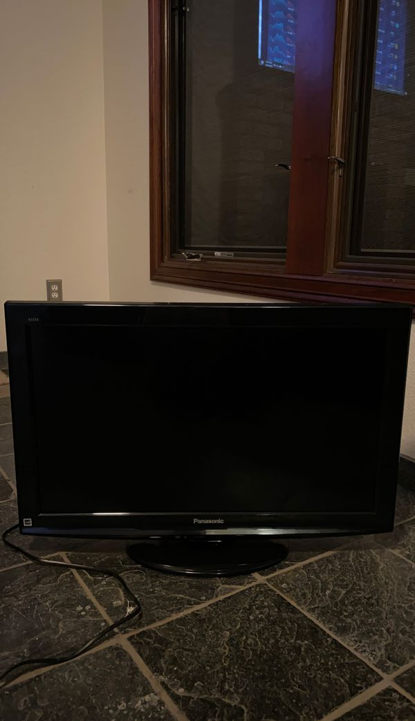 Panasonic, Black, 32 inches