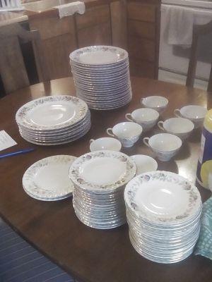 76 pieces vintage dish set for Sale in Ocean City, WA