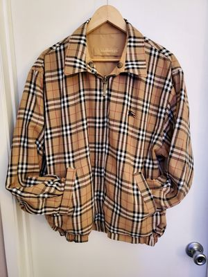 Reversible Burberry's Jacket Mens XL for Sale in Antioch, CA