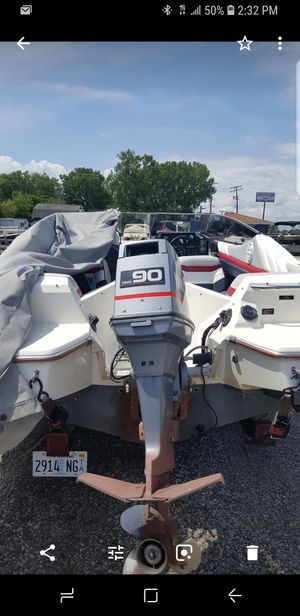 90 BAYLINER for Sale in Chicago, IL