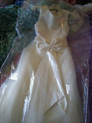 Flower girl dress size 7 for Sale in Goodview, VA