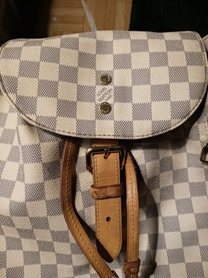 Louis Vuitton bag for Sale in Lakewood, CO