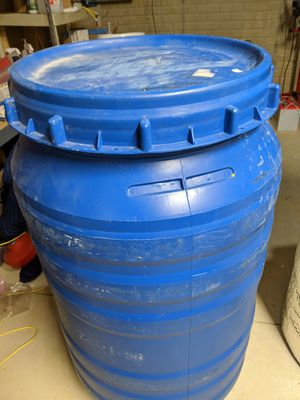 Plastic barrel 55gal HDPE blue open top drum with screw on lid for Sale in Delaware, OH