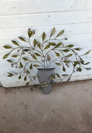 Metal wall hanging vase and vine plant for home and garden for Sale in Phoenix, AZ