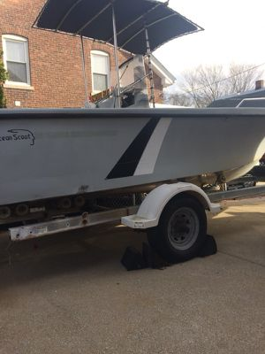 Ocean Scout center console 90 hp mercury low hours on motor for Sale in Cumberland, RI