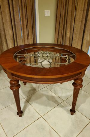Round dining table kitchen table base for Sale in Cooper City, FL